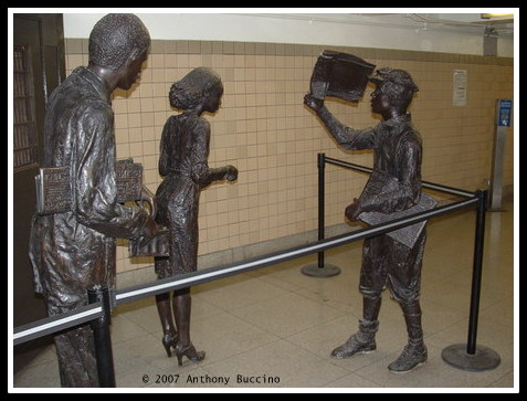 Newark City Subway sculpture photo © Anthony Buccino